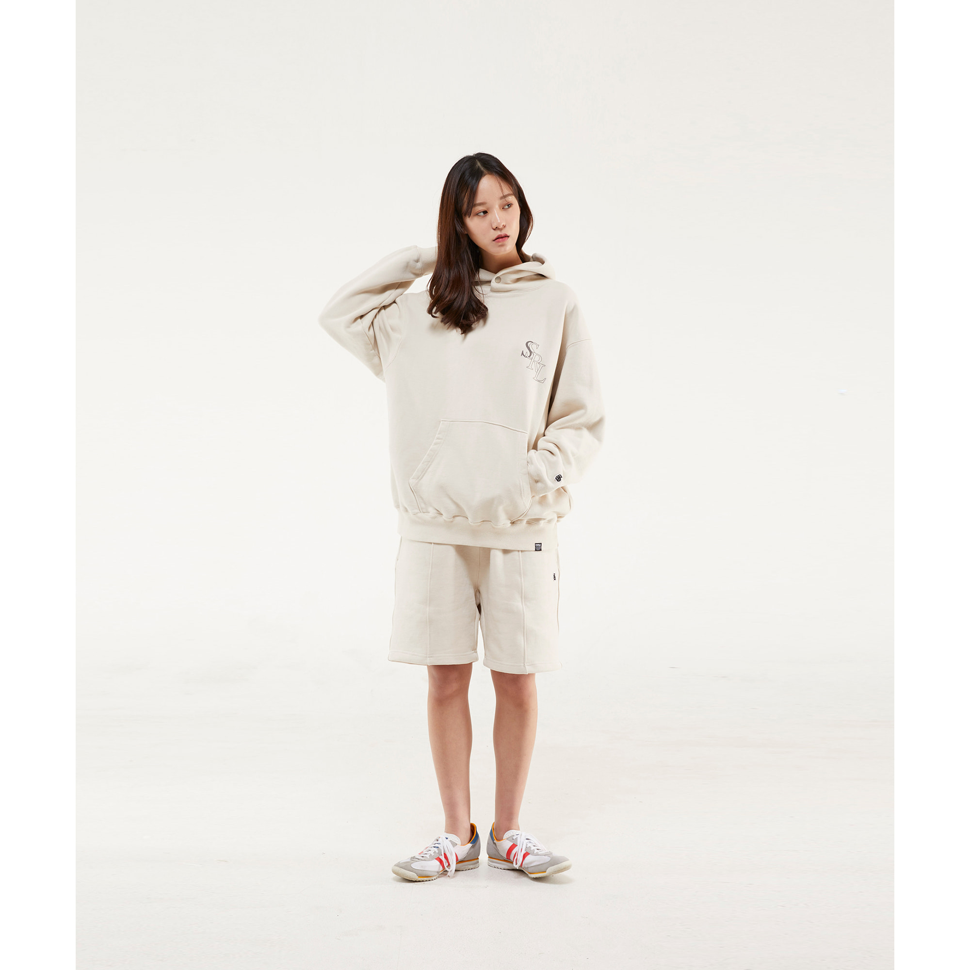 slant logo button hood / cream