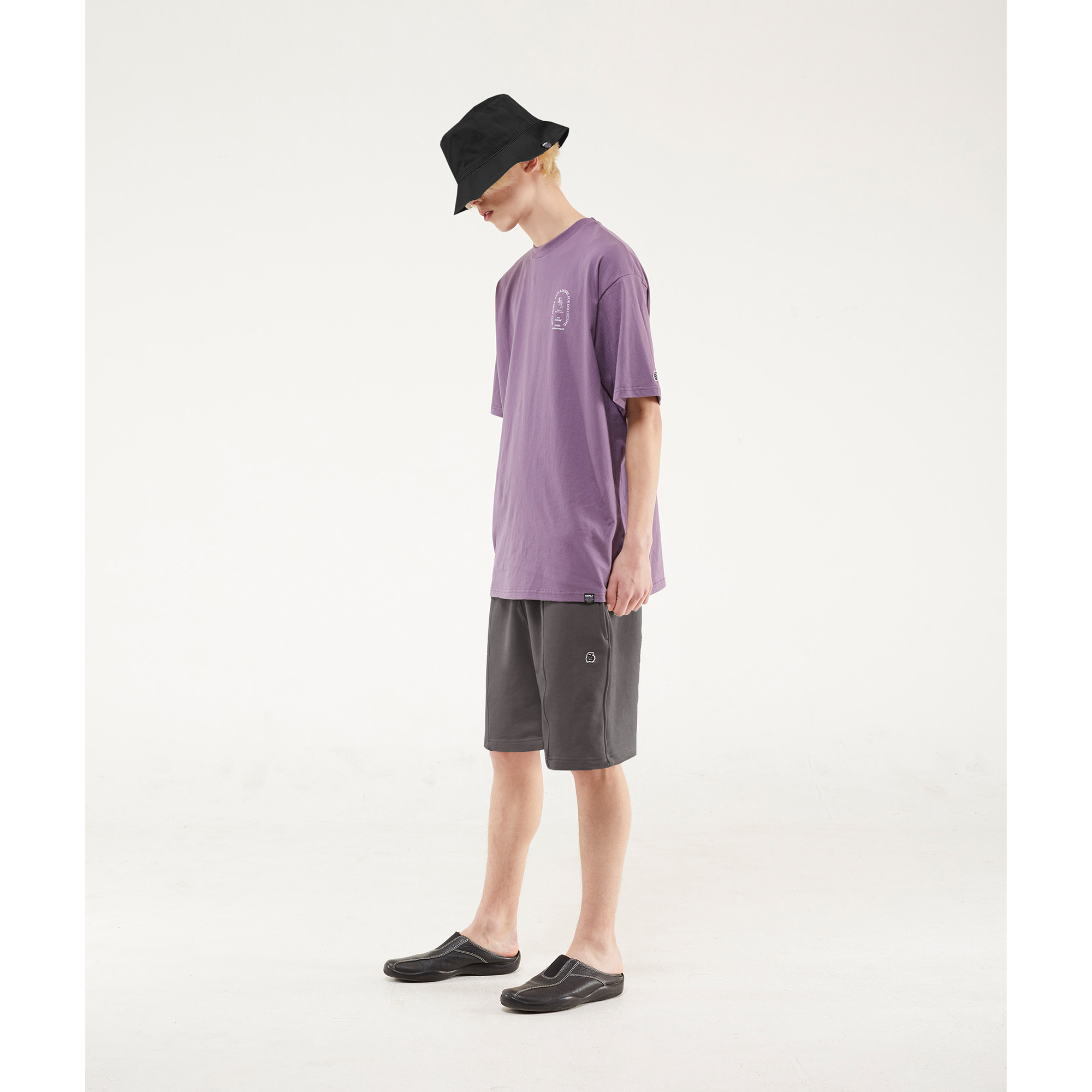 line sweat shorts / purple