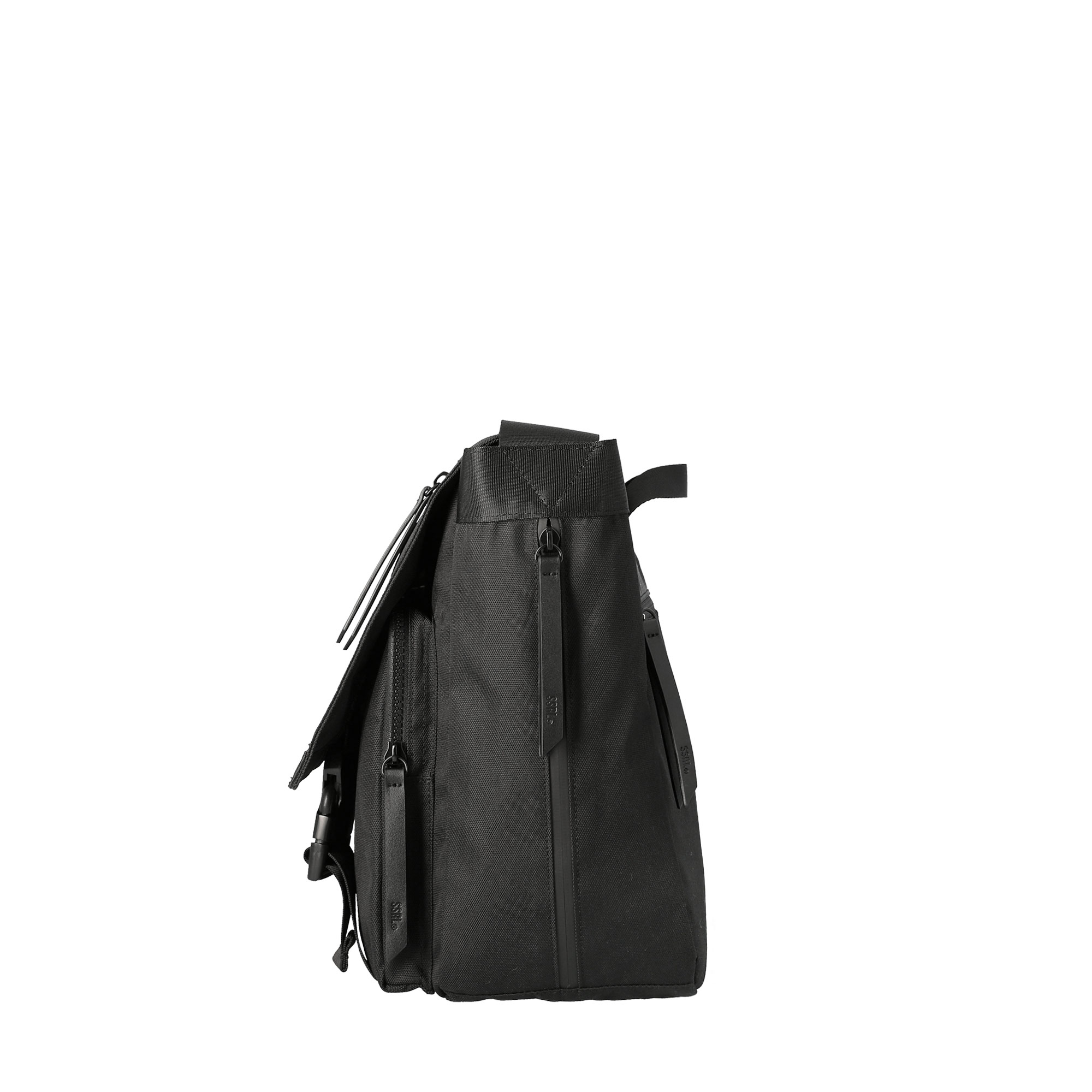 dual pocket messenger bag / black